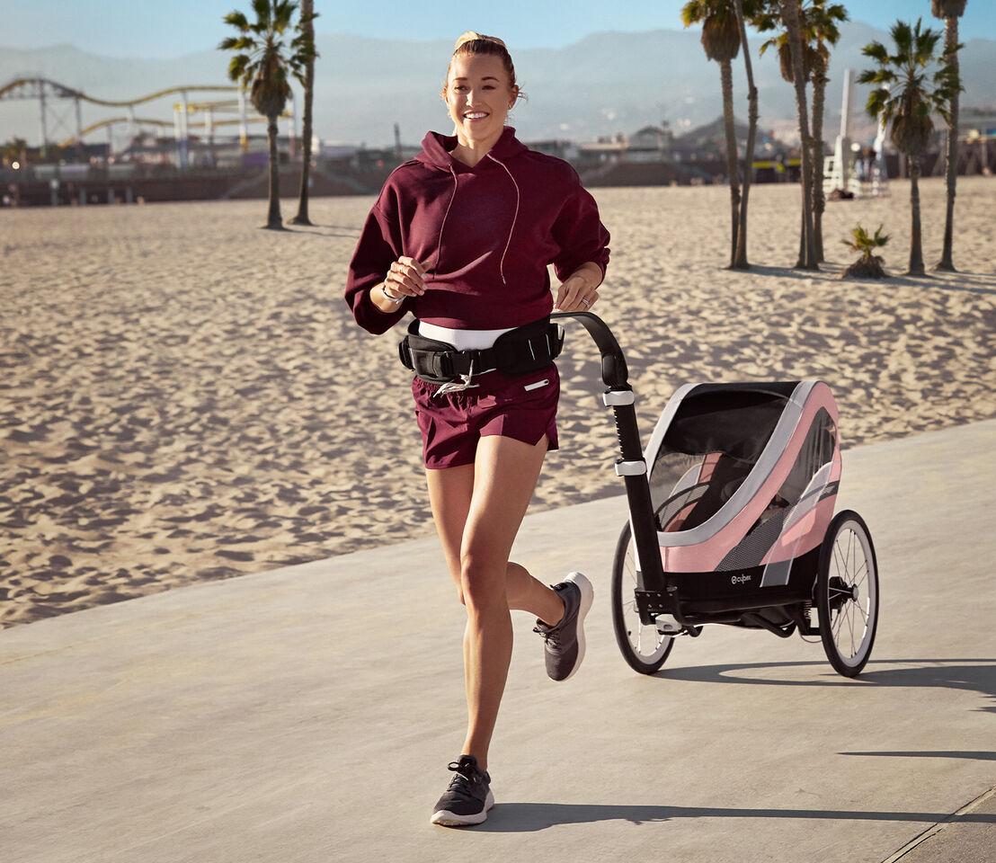 Cybex Gold Sport Zeno Kinderwagen Kampagne Bild