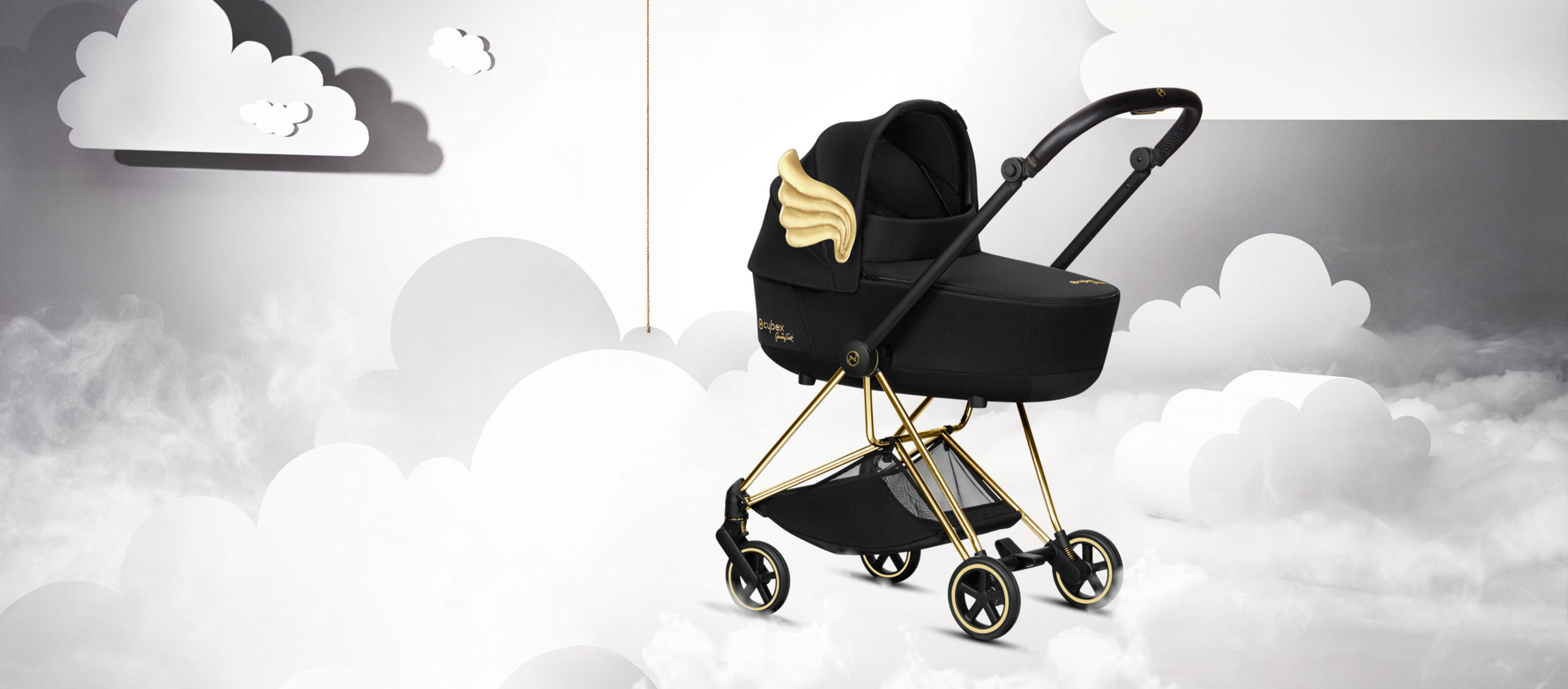 Cybex by Jeremy Scott Wings Kollektion Wolke und Kinderwagen Bild
