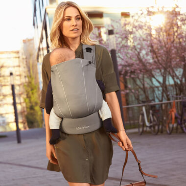 CYBEX Gold Baby Carriers Carousel Image