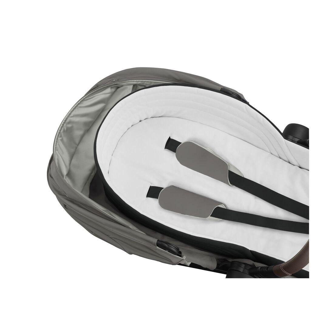 CYBEX Lite Cot - Soho Grey in Soho Grey large image number 2