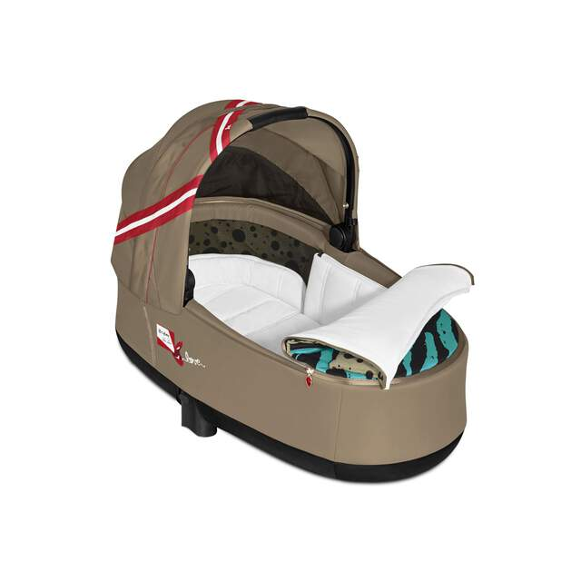 Priam Lux Carry Cot - Karolina Kurkova